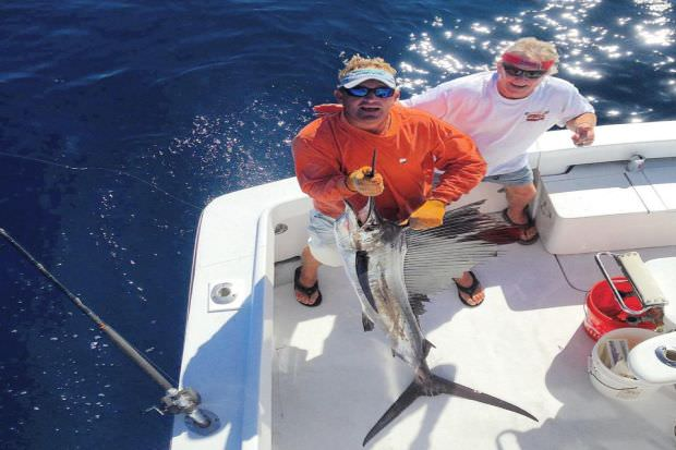 Fort lauderdale luxury fishing charters sportfishing for Fishing spots in fort lauderdale